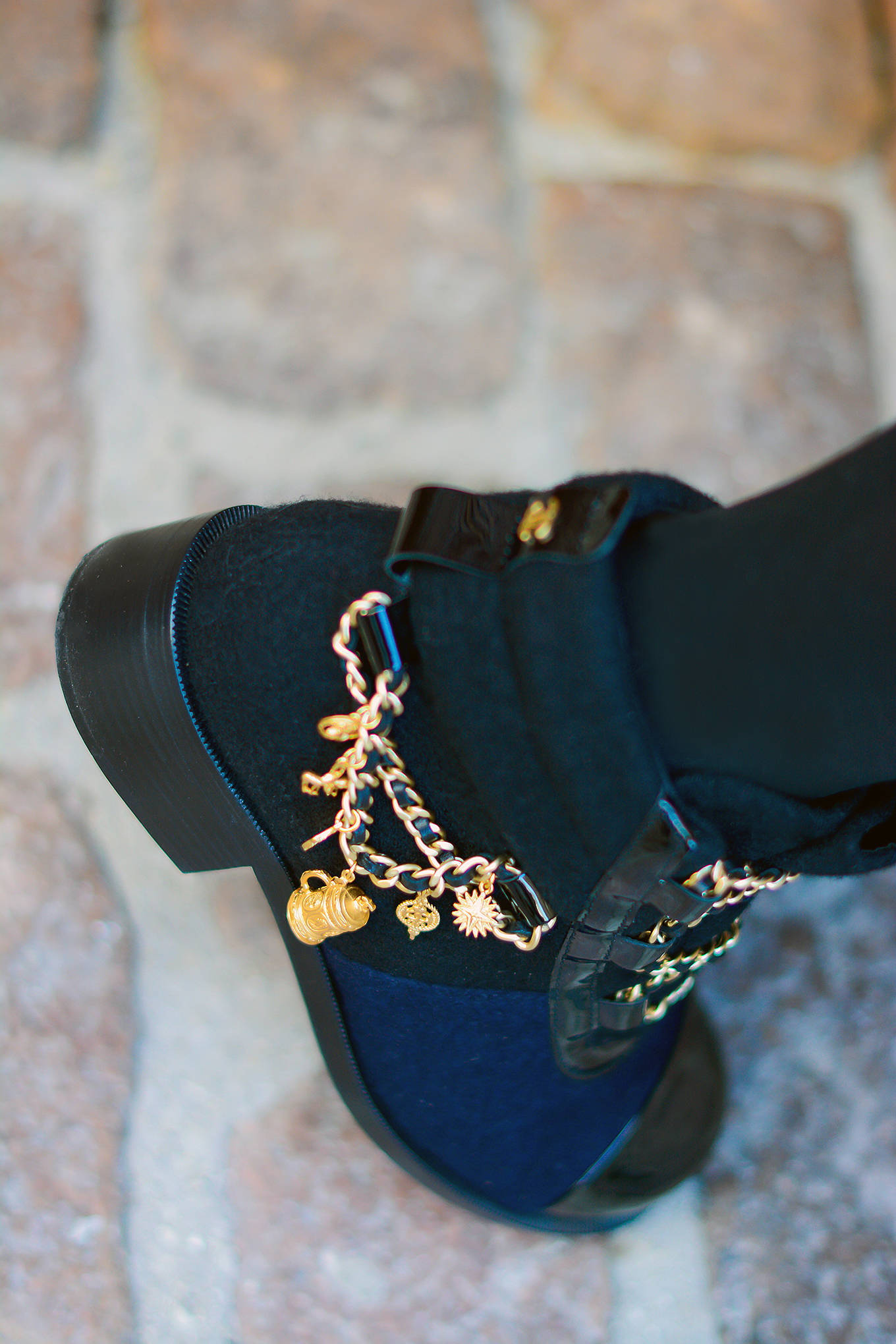 Chanel_boots