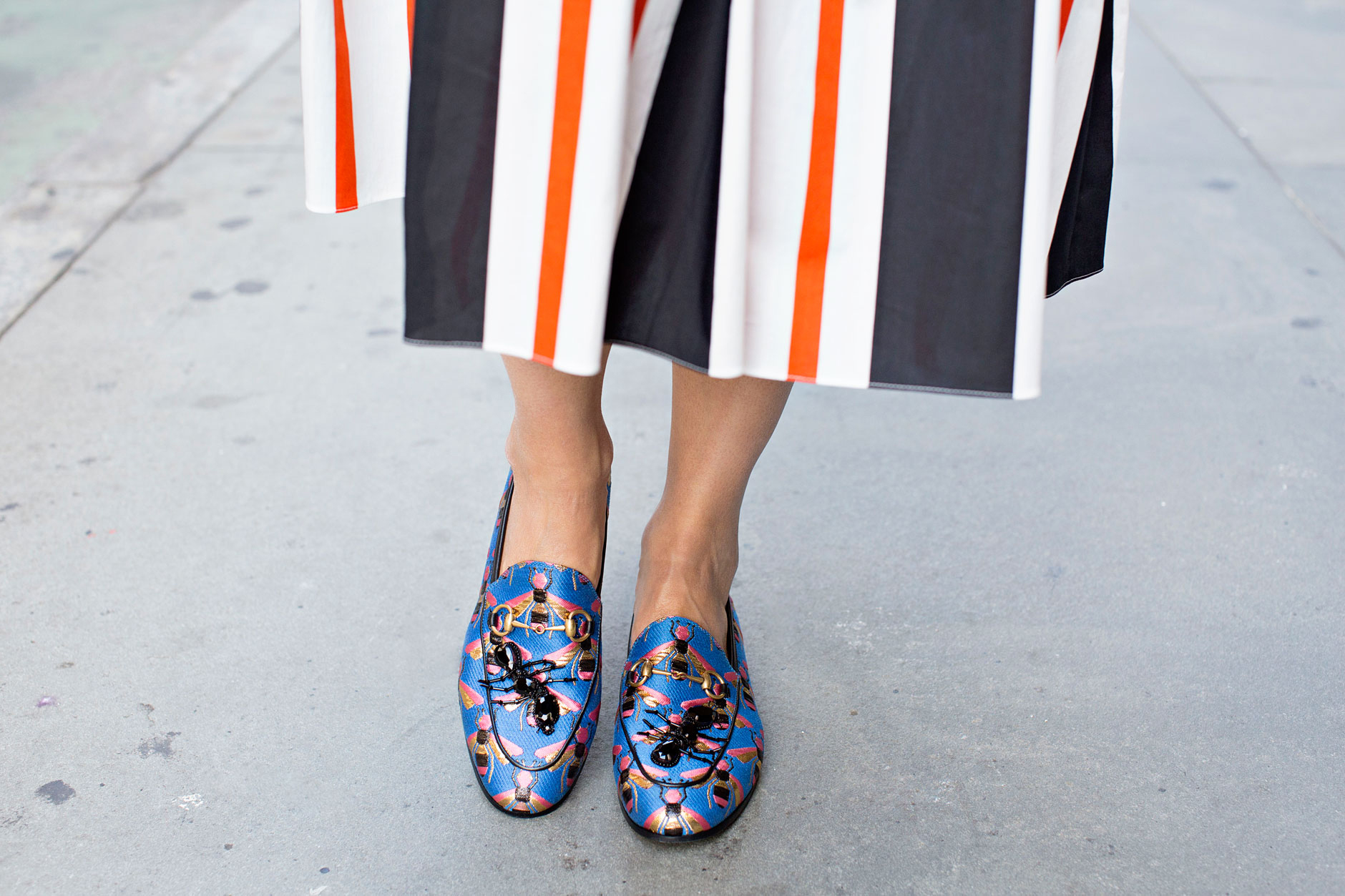 gucci_new_jordaan_bee_jacquard_loafer